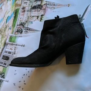 Sam Edelman Shoes - Sam Edelman black suede booties size 10